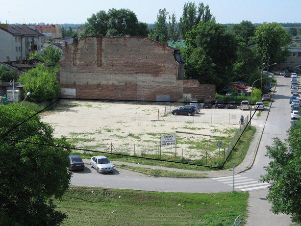 Działka inwestycyjna 2 200 m2 do wynajęcia, centrum Ostrowca Św.