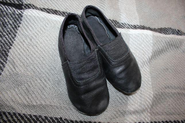 Чешки черные 25-26-27 размер