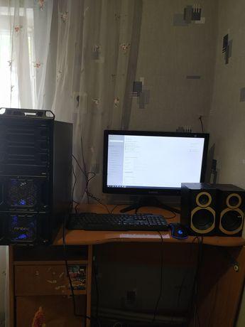 Компьютер ПК в сборе с монитором