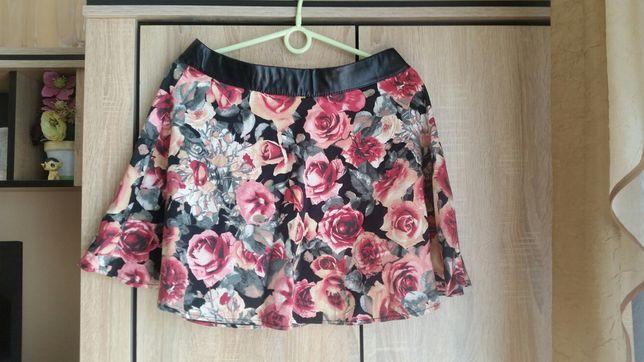 Modna jesienna spódnica w kwiaty M
