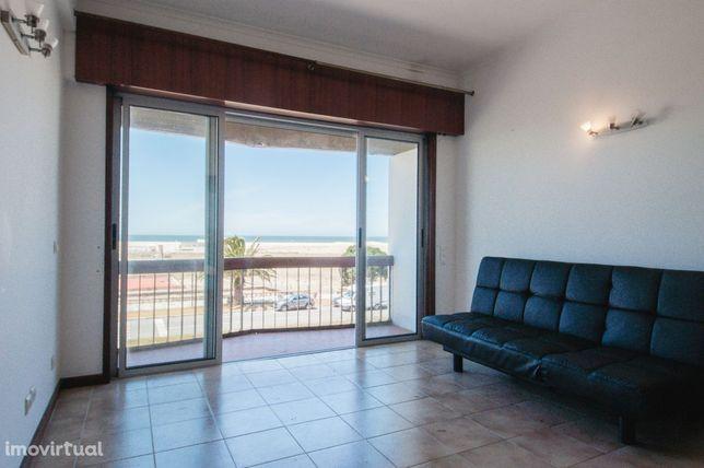 Apartamento T1 em Buarcos em Frente à Praia