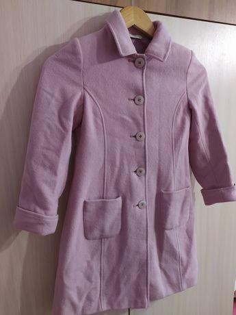 Рожеве пальто для дівчинки