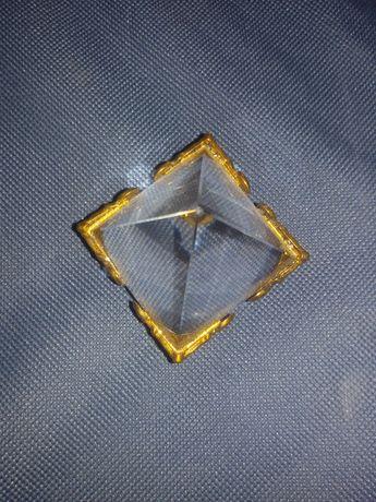 pirâmide de meditação