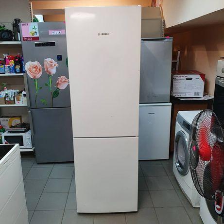 Холодильник двухкамерный Bosch kgv36uv20