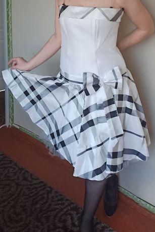 Выпускное салонное платье с корсетом и бантиком (48-52 размер)