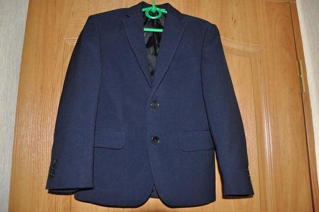 Школьный пиджак и желетка West Fashion+ брюки в подарок