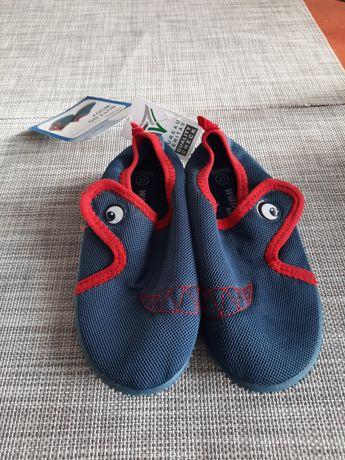Buty do wody nowe 27