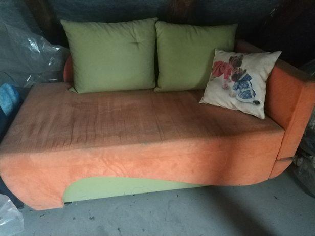 Łóżko 110cm x 80cm