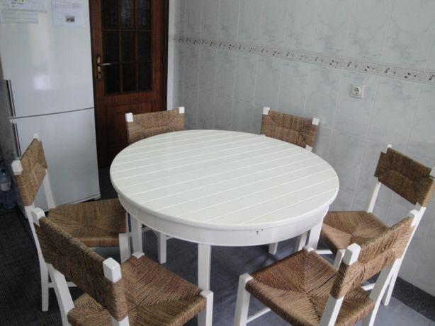 Mesa de Cozinha + 6 Cadeiras