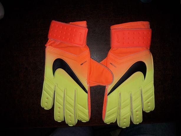 Nike rękawice bramkarskie r.7