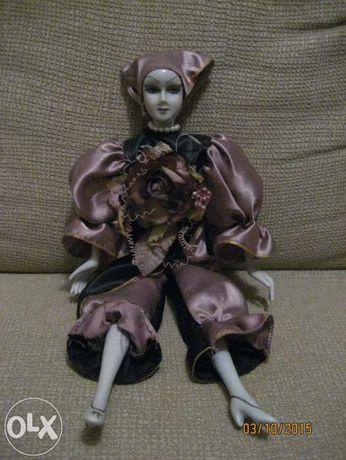 Pierrot em porcelana