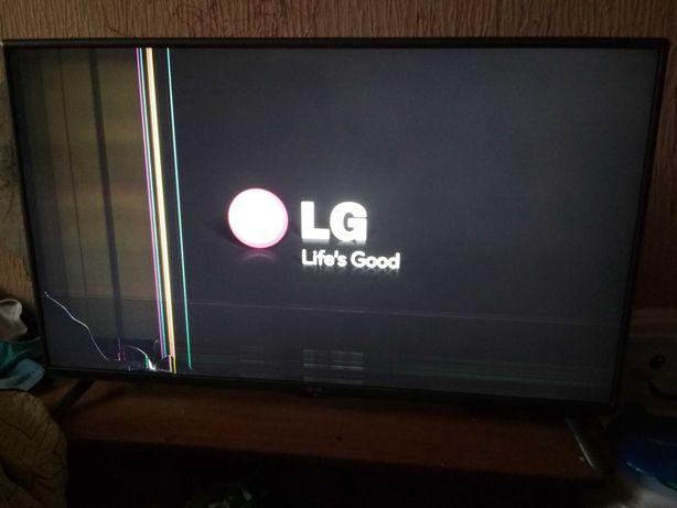 Телевизор LG 3D, д42,разбитая матрица