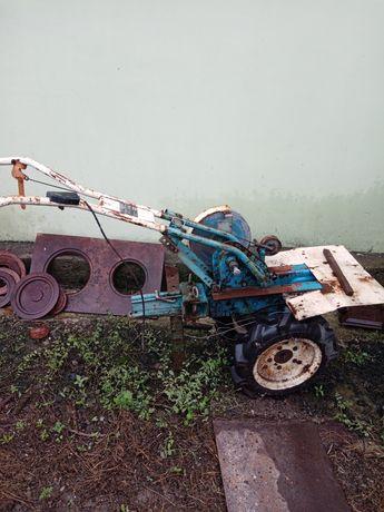 Мотоблок, требует ремонт двигателя либо замена