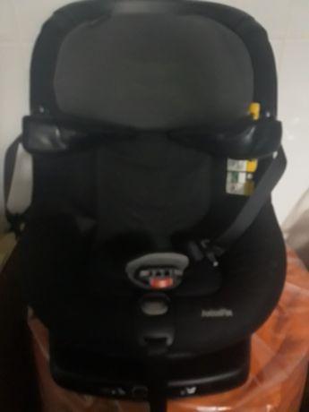 Cadeira Bebe Confort AxissFix i-Size rotativa de 360º