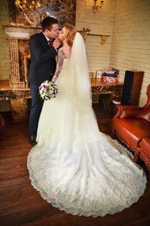 Свадебное платье+кольца и подьюпник