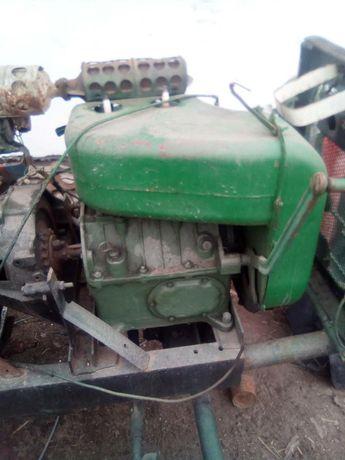 Двигун двигатель
