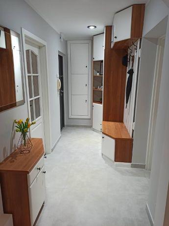 Ładne, rozstawne mieszkanie w centrum 3-pokojowe