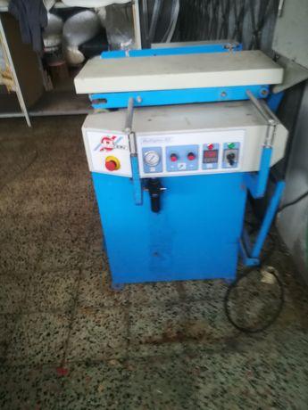 Máquina de vincar rotativa