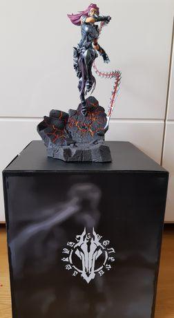 Darksiders figurka Furii z edycji kolekcjonerskiej. PC PS4 Xbox One.