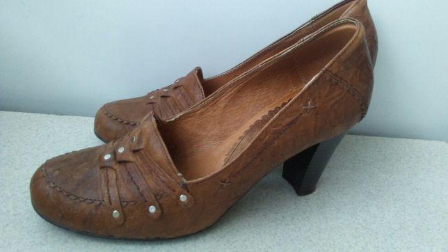Brązowe buty damskie ze skóry na obcasie rozmiar 36