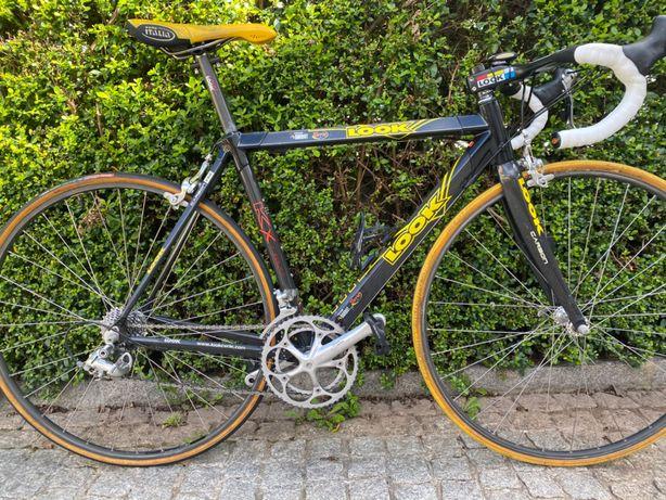 Bicicleta Look em carbono de  equipa Barbot Torrié actual Efapel.