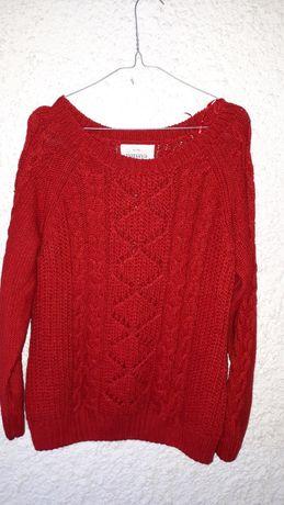 Sweterek w sploty