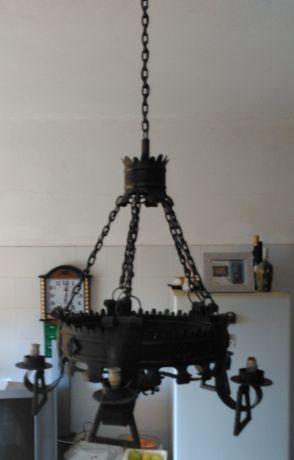 Candeeiro de tecto em ferro