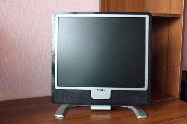 Монитор Philips 170X7FB