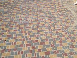 Укладка тротуарной плитки. Тротуарная плитка. Асфальтирование