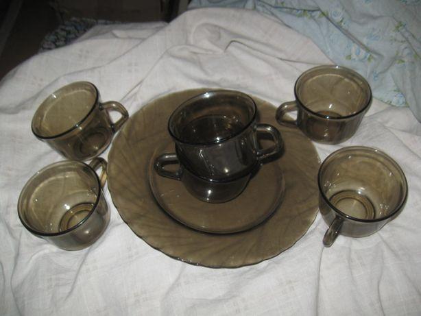 Набор чашек с блюдом из закаленного стекла 200мл. дымчатые. Франция