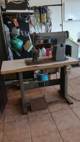 Maquina de sapateiro Refrey