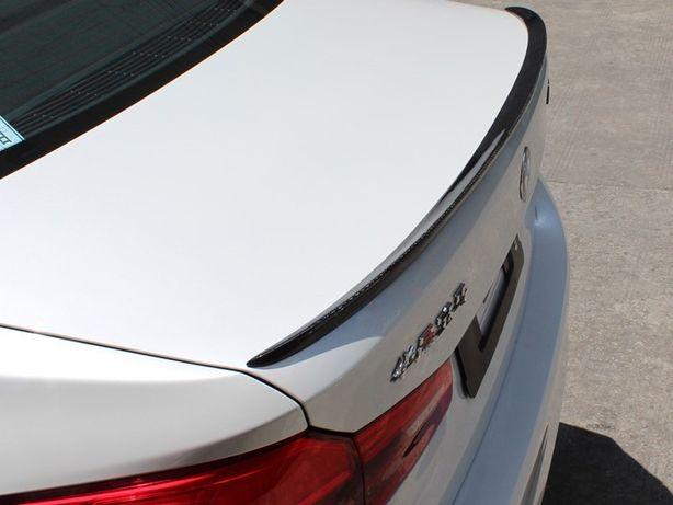 Спойлер, накладка BMW 5 G30 козырьком, приподнятый, в черном цвете