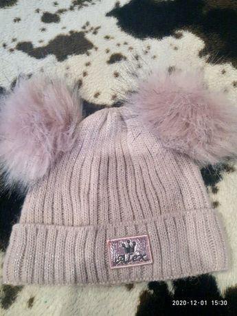 Зимова шапочка для дівчинки
