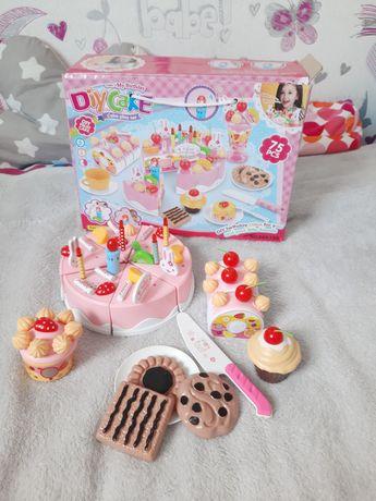 Tort zabawka dla dziewczynki