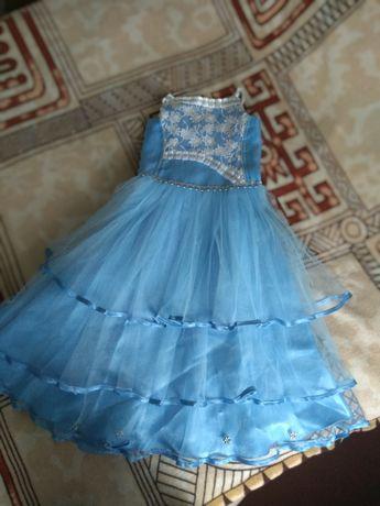 Продам новорічне плаття- платячко