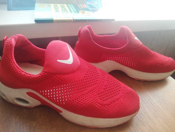 Кроссовки 39р Nike