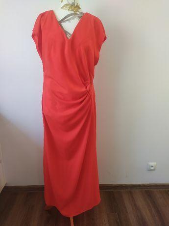 suknia czerwona, marszczona talia