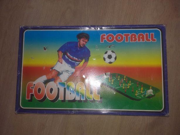 Football gra piłkarzyki na sprężynkach