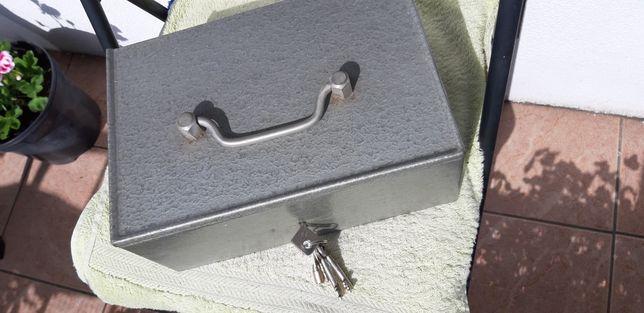Kasetka metalowa
