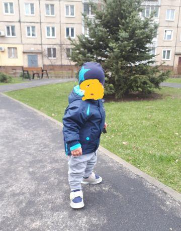 Продам термо куртку осень-зима на мальчика 86-92размер