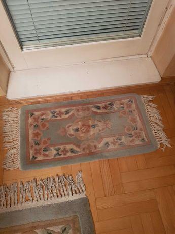 Dywanik ozdobny pod balkon lub do sypialni do salonu