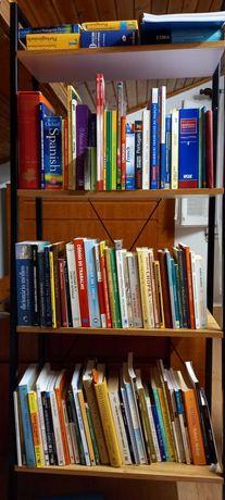 Livros de vários géneros e preços diferentes