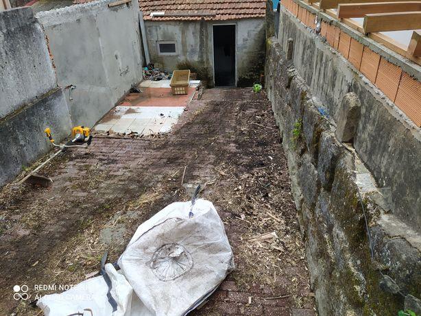 Limpeza de terrenos florestais/lotes/silvados