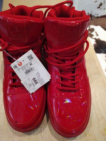 Продам или обменяю на ботинки