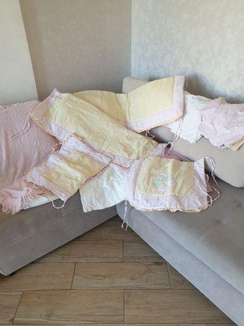 Набор постельного белья в кроватку для девочки + плед