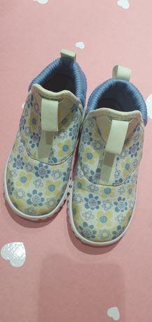Обувь детская Адидас