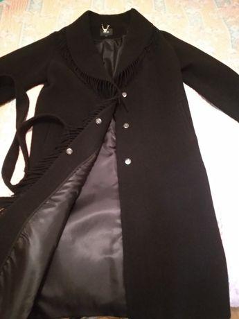 Продам гарне пальто