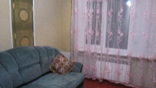Продам 1 комнатную гостинку.