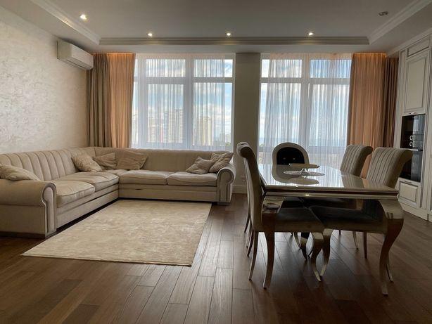 СОБСТВЕННИК!продам просторную трехкомнатную квартиру на Фонтане