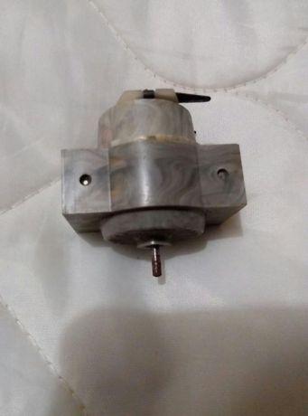 Микро електро двигун(двигатель)